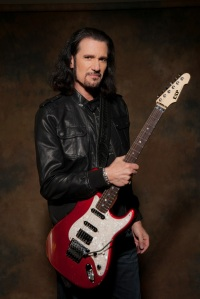 Bruce Kulick - Photo: Rick Gould