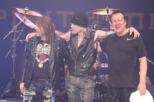 Doogie White, Michael Schenker, Herman Rarebell Photo: Stefan Nilsson