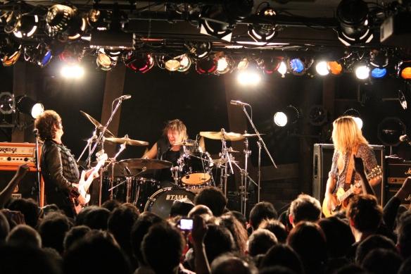 Glenn Hughes, Pontus Engborg and Doug Aldrich onstage in Tokyo. Photo: Stefan Nilsson