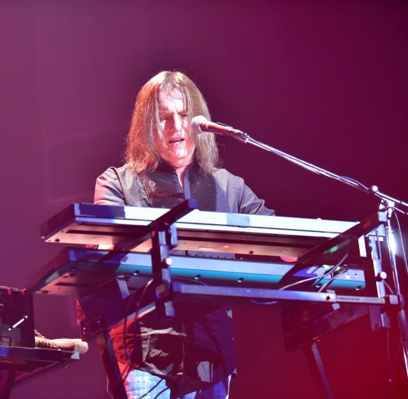 Jimmy Waldo of New England on stage at Club Citta. Photo: Yuki Kuroyanagi